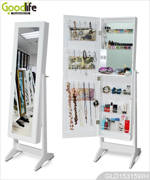 miroir de chambre coucher avec armoire pour les bijoux. Black Bedroom Furniture Sets. Home Design Ideas