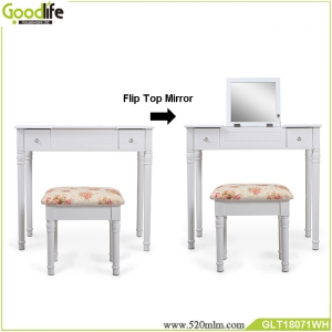 Dressing table set with mirror and storage