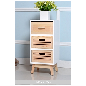 bois de pin couleur naturelle armoire de rangement pour. Black Bedroom Furniture Sets. Home Design Ideas
